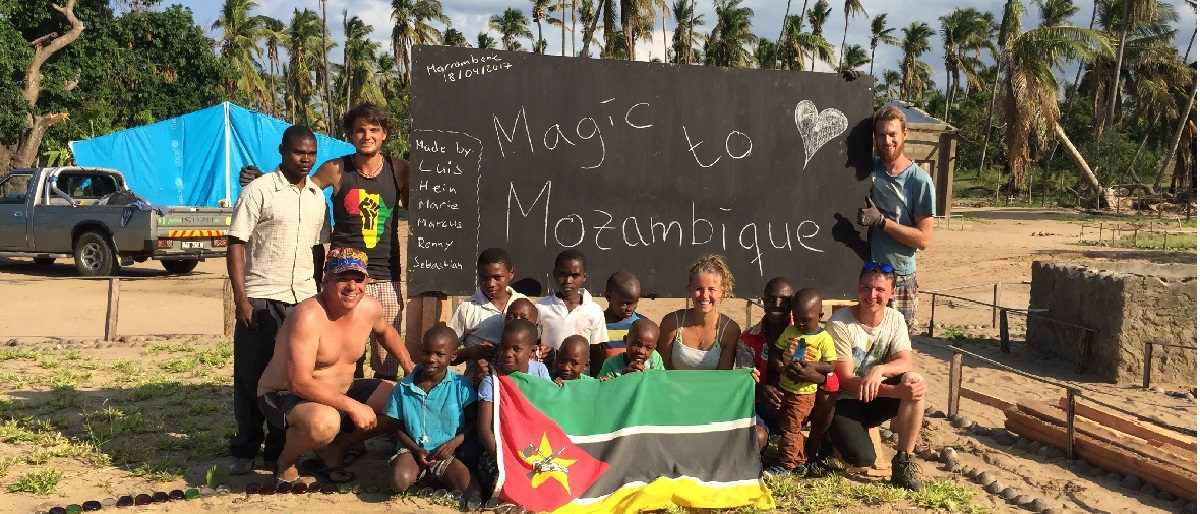 Enlace permanente a:Magic to Mozambique (2017)